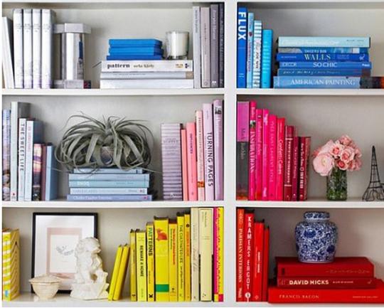organizedbycolor-bookshelf-ariannabelleblog1